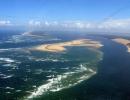 Wąskie 3 kilometrowe wejście do Zatoki Arcachon od strony Oceanu Atlantyckiego